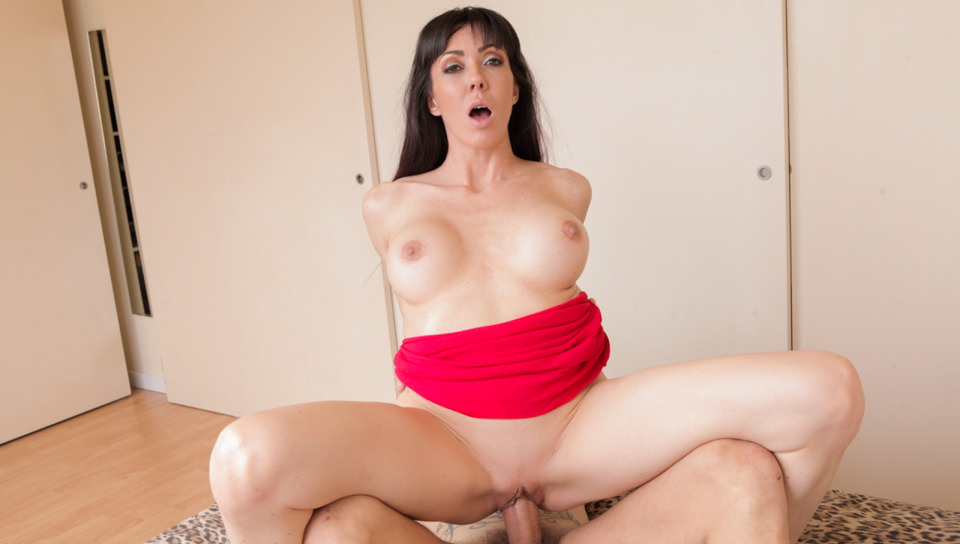 Nacho Loves MILFs, Scene 04