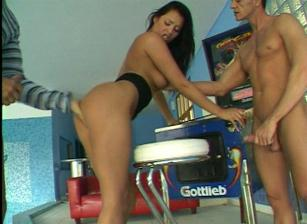 Veronica Da Souza: Some Piece Of Ass!, Scene 01