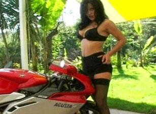 Rocco Super Moto Hard, Scene 03