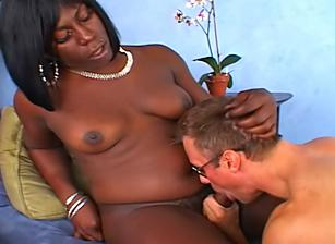 How To Please A She-Male, Scene 07