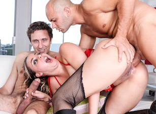 Rocco's World, Scene 03