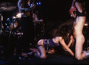 Rock N' Roll Heaven, Scene 04