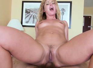 Sheena Shaw Wide Open, Scene 01
