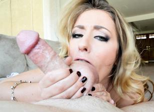 Suck Balls 03, Scene 03