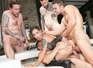 Rocco's Dirty Girls, Scene 04